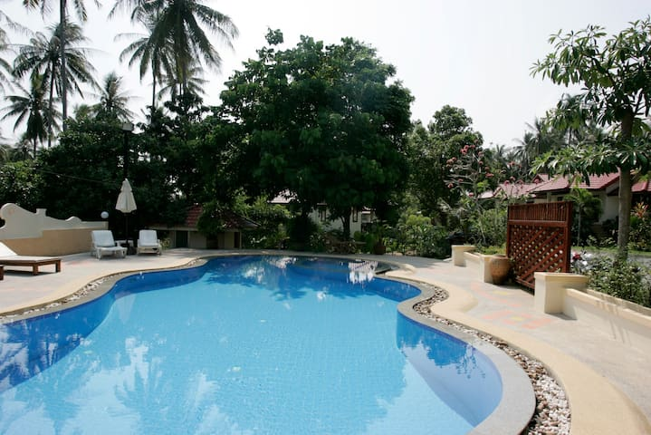 43 Reuan Phaolia beautiful Garden Resort.
