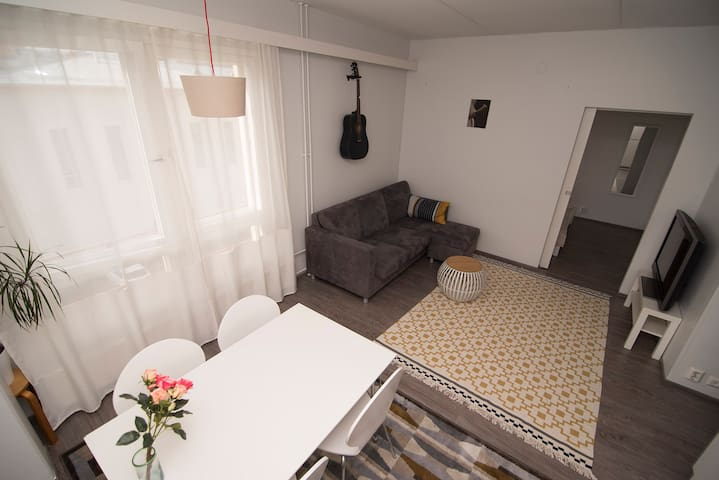 Apartment in the center with parking and sauna - Jyväskylä - Apartamento