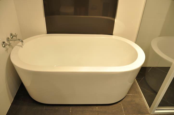 Freestanding bath in downstairs bathroom