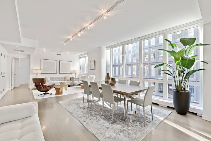 Luxury 4 Bedroom Apartment in Hudson Square NYC
