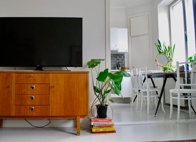 Charming and spacious studio in urban Vallila