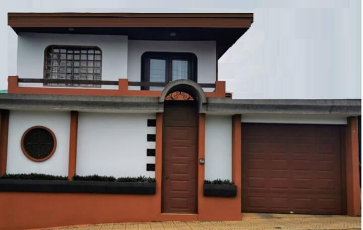Habitación privada en casa, San Ramón de Alajuela