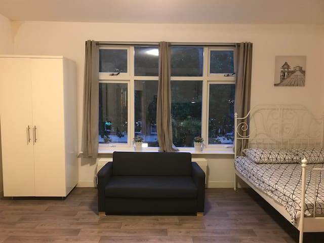 New 2017 All-In Appartement #2 in a nice Centre