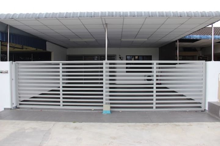 Taiping Nest Deluxe Home Package B (3 Rooms) - Taiping - Casa