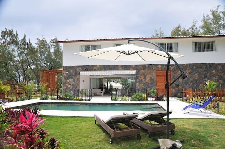 Villa Banian - Trou d'Eau Douce - Hus