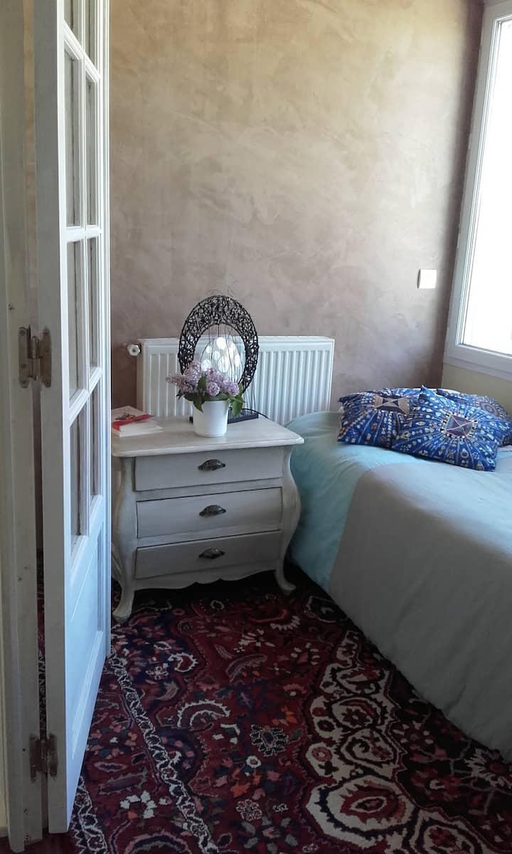 Chambre/Belle maison près de cergy et Conflans ♥♥