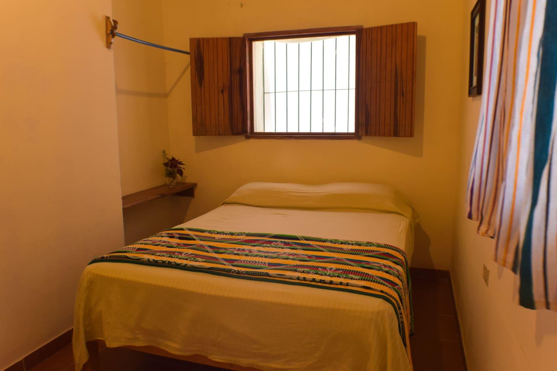 Habitación #1 Privada con una cama matrimonial