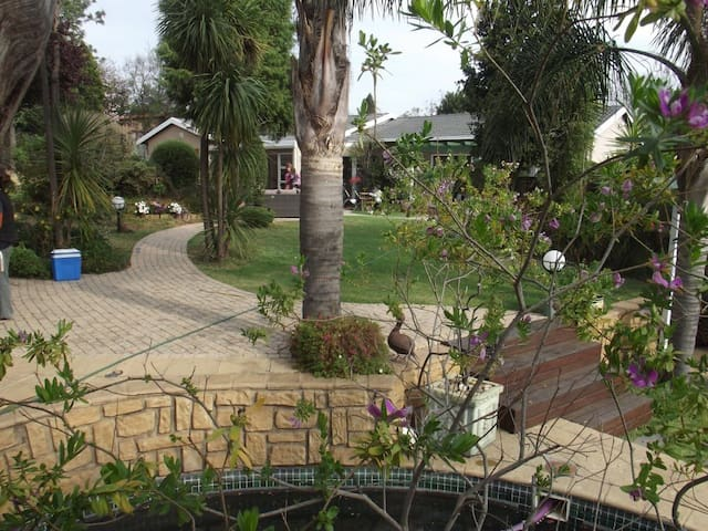 Lala Nathi Guest House