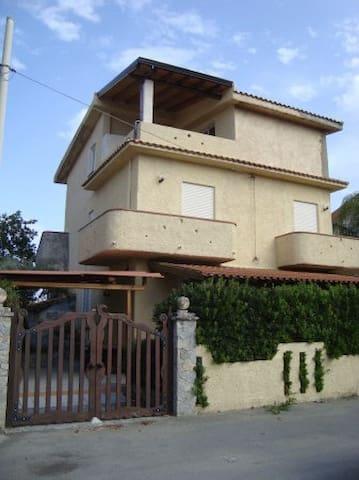 Villa Italy