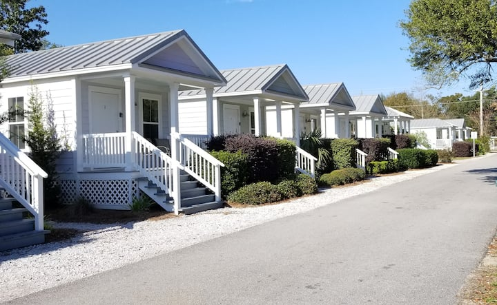 BeachView Vacation Cottage 9