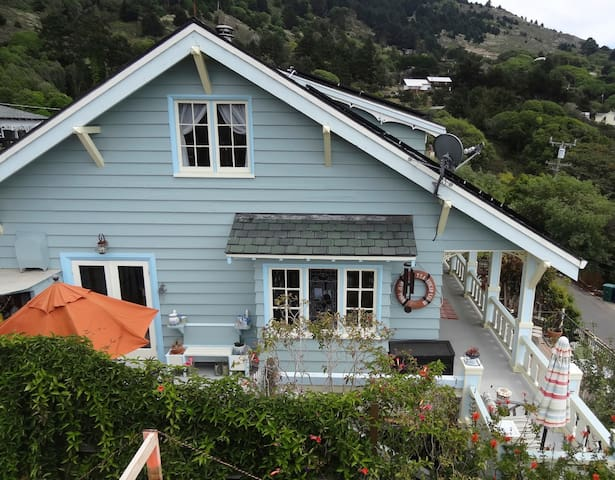 Historic Home-close to beach, downtown and shops - Stinson Beach - Maison