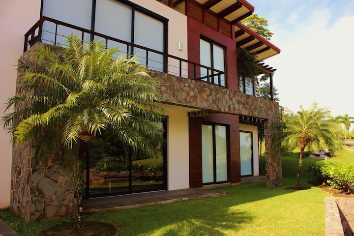 Las Brisas Nativa Resort Condo