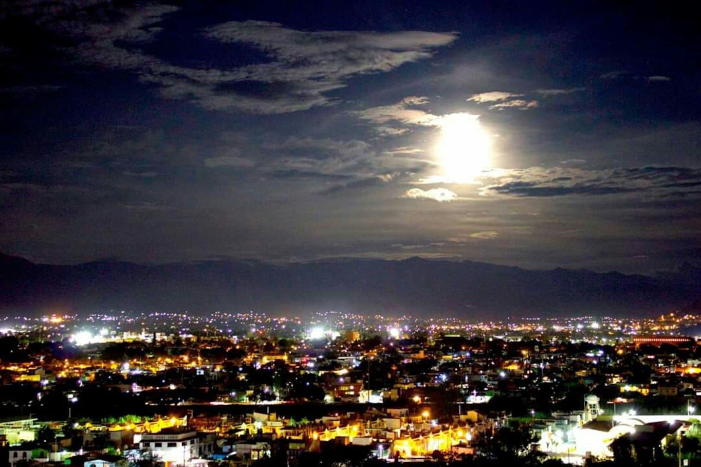 Luna llena desde Terraza 180°