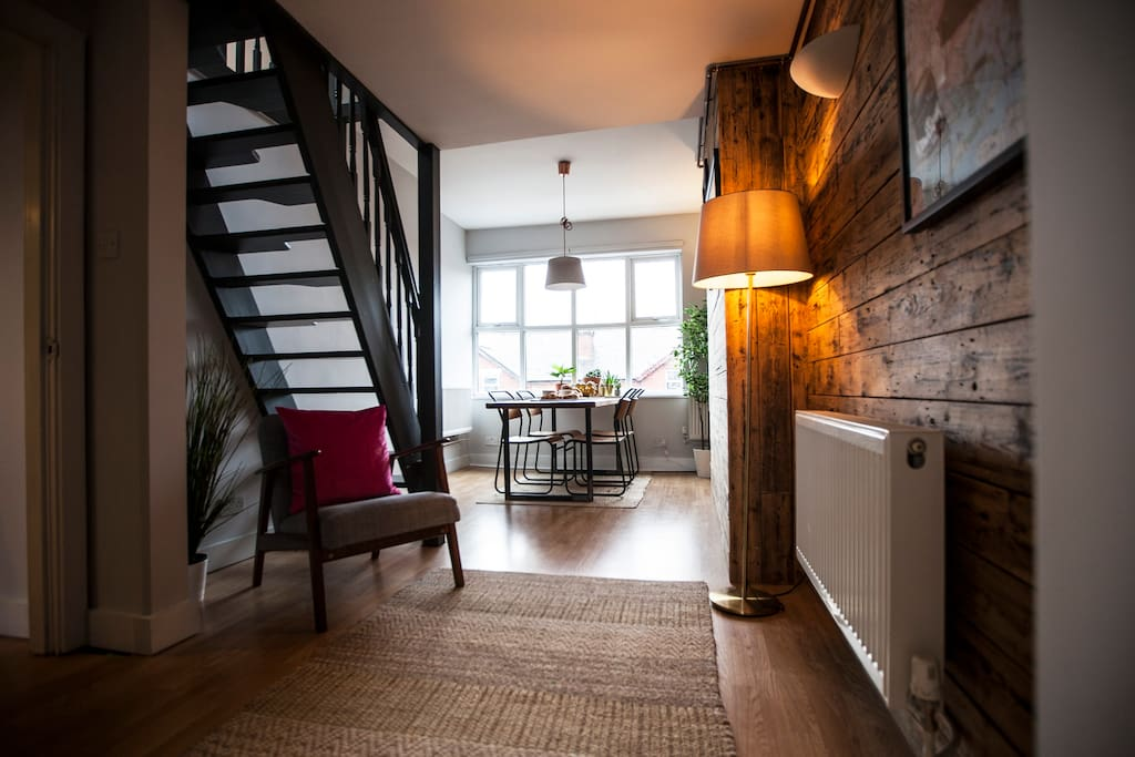 Stylish top floor apartment in cool area - Apartments for ...