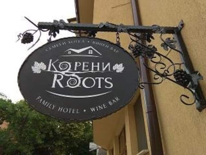 ROOTS Hotel and Wine Bar