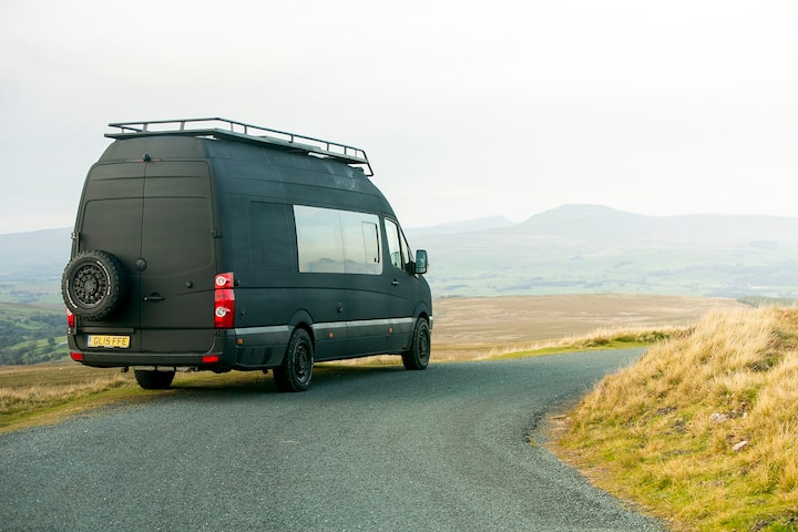 Off Grid VW Motorhome - Lakes + Dales
