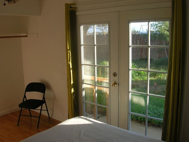 French Door Room Near Wild Land - Livermore - House
