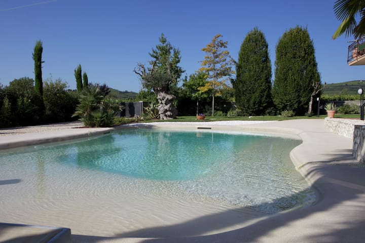 Sun-kissed holiday home close to Verona, with swimming pool, garden and wifi