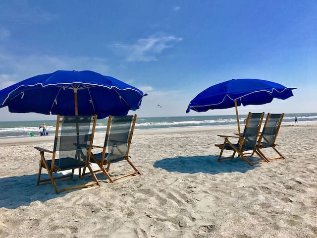 Beach breeze included, 2 blocks away from beach - Hilton Head Island - Byt