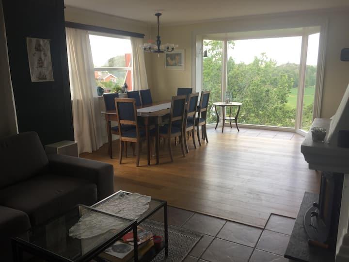 Stor lys leilighet - Nær sjøen - Kveldssol - Wifi
