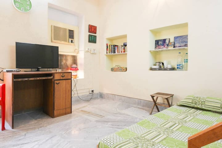 Spacious, Superb Location, Incredible Amenities - Kolkata - Ev