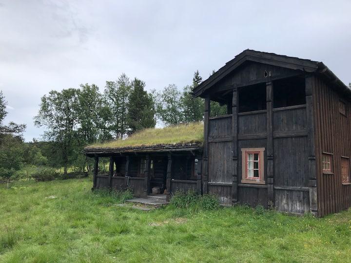 Sjarmerende og gammeldags seter midt i fjellheimen