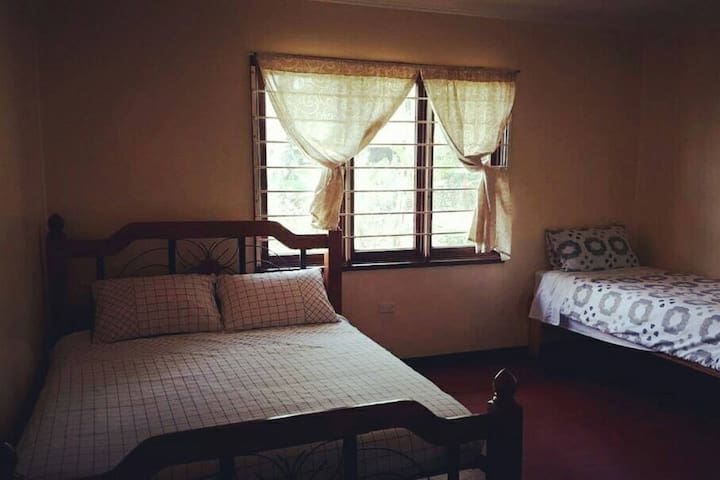 Tarangau Haus Bedroom #3
