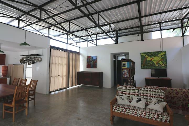 Casa Galeria - Conforto e Arte