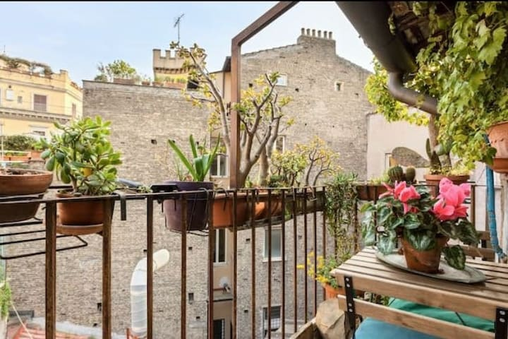 Sweet Terrace in Monti.. Colosseum