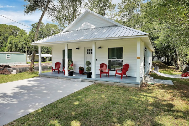 St Augustine Hideaway! Relax minutes from Old town