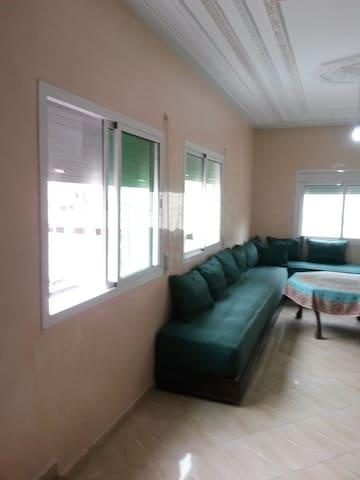 Appartement fonctionnel neuf meublé Hay TGHAT