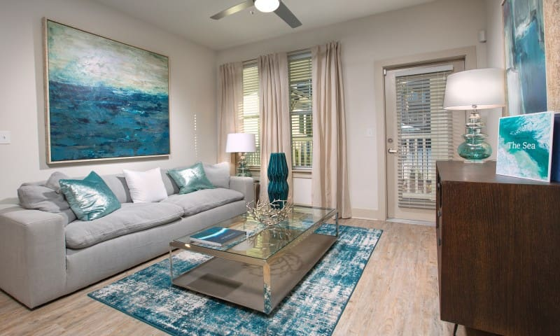 High-End 1BR w/ great amenities in Destin