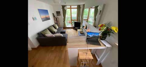 Cosy double room with breakfast, near city centre