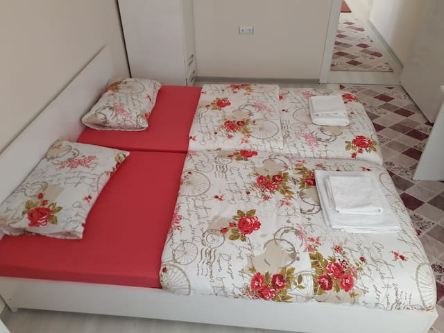 CLEANING DAILY IN ANKARA,FULLY FURNISHED,ROOM 39 €