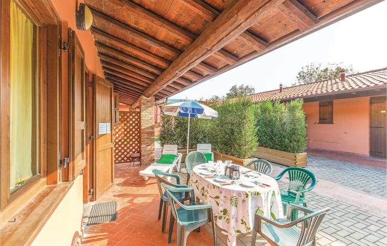 Holiday apartment with 2 bedrooms on 35m² in Iseo BS