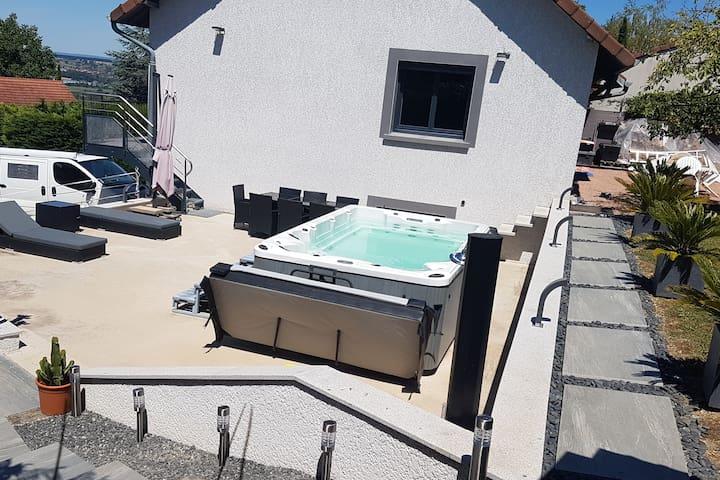 Location villa avec SPA de nage