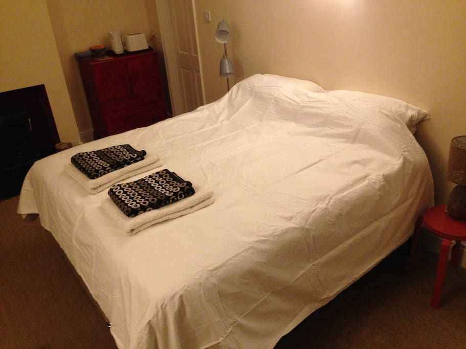 Superking bed can also be made up as 2 single beds