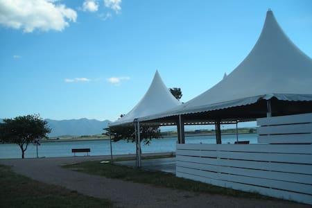 Collocation villa 3 chambres au bord du lac - Villeneuve-de-la-Raho