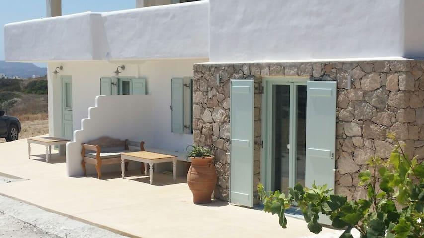 """Sea Blue"" New flat with stunning sea view - Mandrakia - Casa"