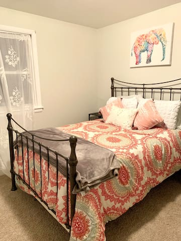 Cozy Room near National Harbor/MGM