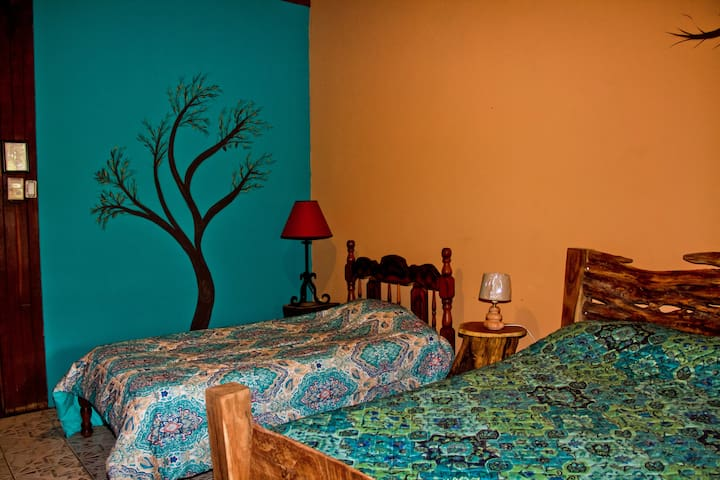 Quinta mi tata room for 3 (2 of 4rooms) B & B - Guanacaste Province - Bed & Breakfast