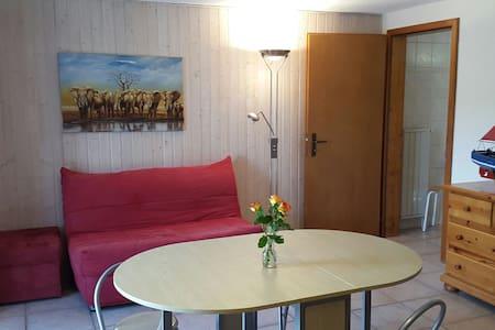 Studio calme dans villa