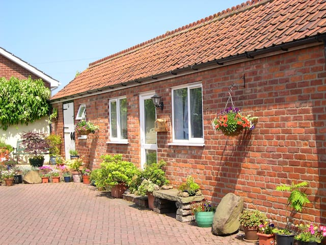 STABLES BED AND BREAKFAST - BEMPTON - Bempton - Oda + Kahvaltı