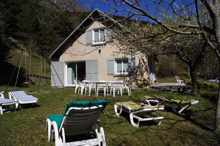 """""""The Mourière"""" in Champsaur - 12 p - La Motte-en-Champsaur - House"""