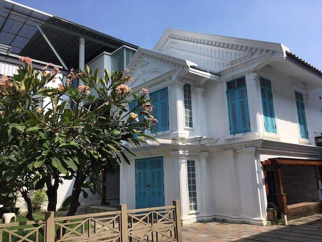 บ้านเช่า Style Contemporary ซอยประชาชื่น 12