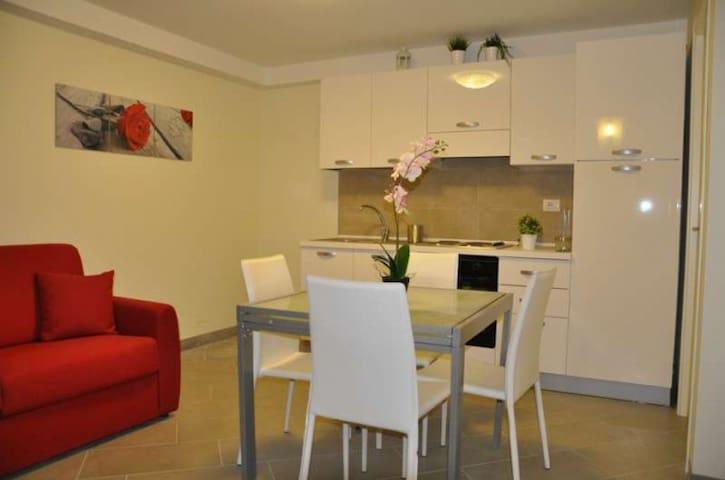 Appartamenti intimi e ben arredati - Lido di Camaiore - Departamento