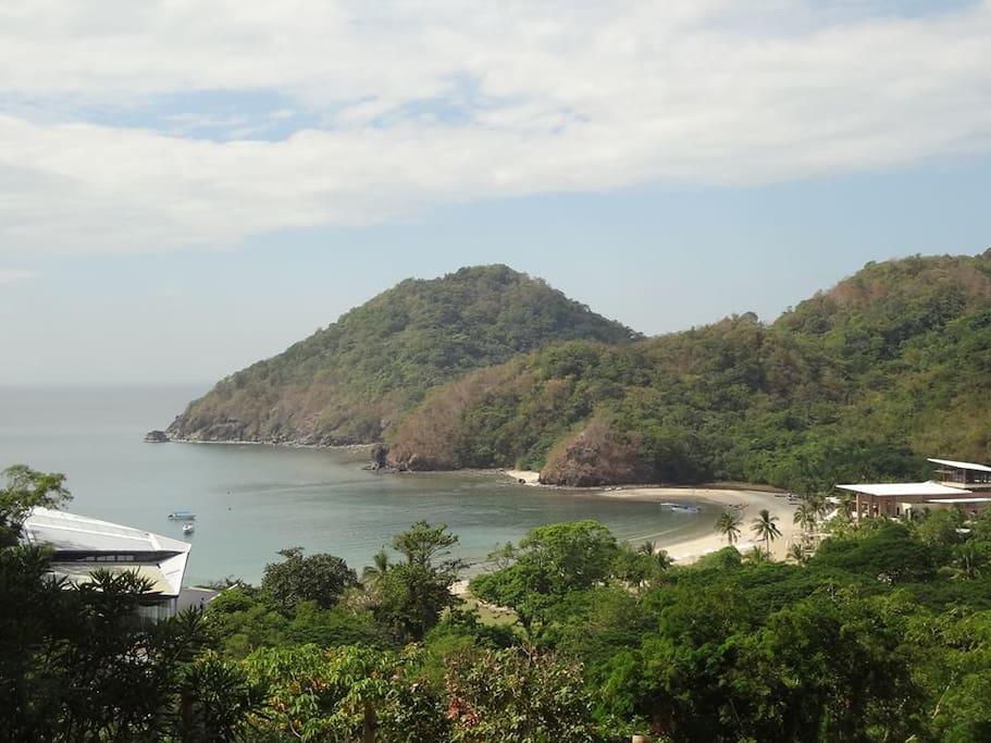 Pico de Loro Cove