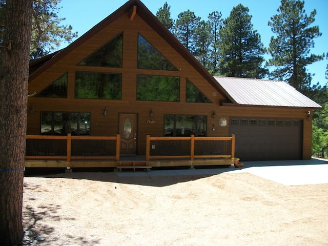 Newer Terry Peak Lodge July Special Near Deadwood!