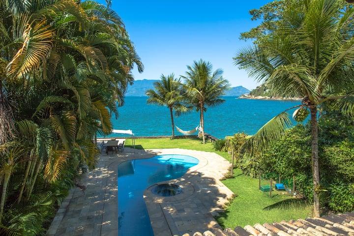 Paradise House at Angra
