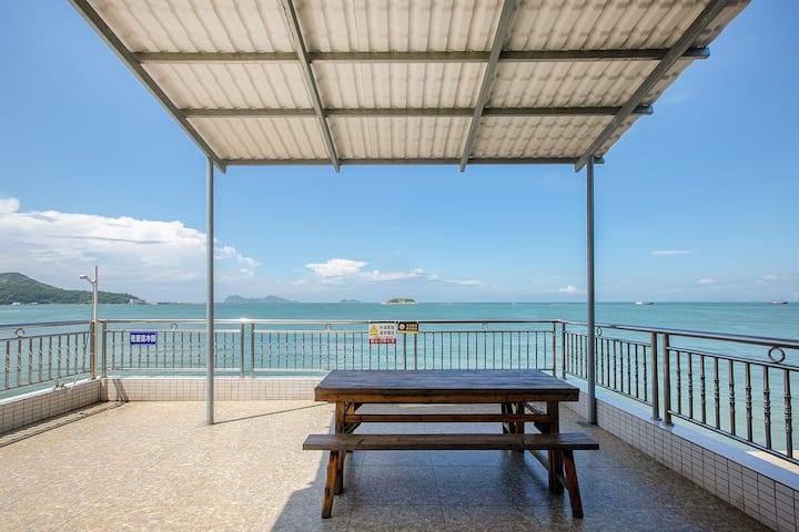 双月湾慕慕海景度假屋一线海景七房一厅一厨房可做饭自动麻将KTV